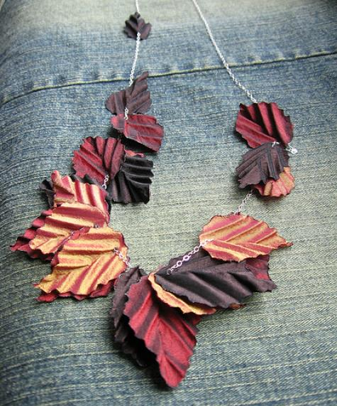 Fall necklace by tinctory - http://tinctory.etsy.com